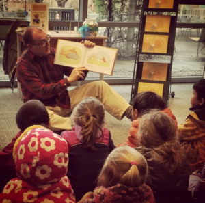 Author David Ray reads The Little Mouse Santi to schoolkids